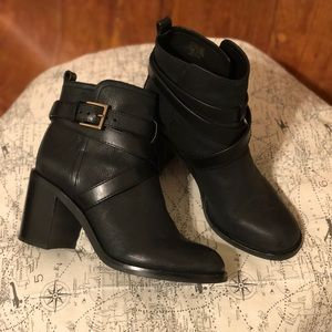 Tory Burch Hastings Black Ankle Boot Buckle Strap